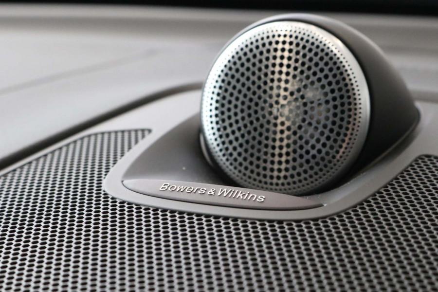 2020 Volvo XC60 UZ D5 R-Design Suv Image 15