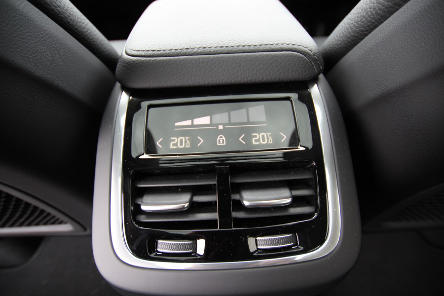 2020 Volvo XC60 UZ D4 Inscription Suv Image 16