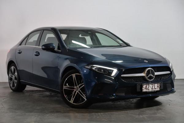 Mercedes-Benz A-class A180 V177