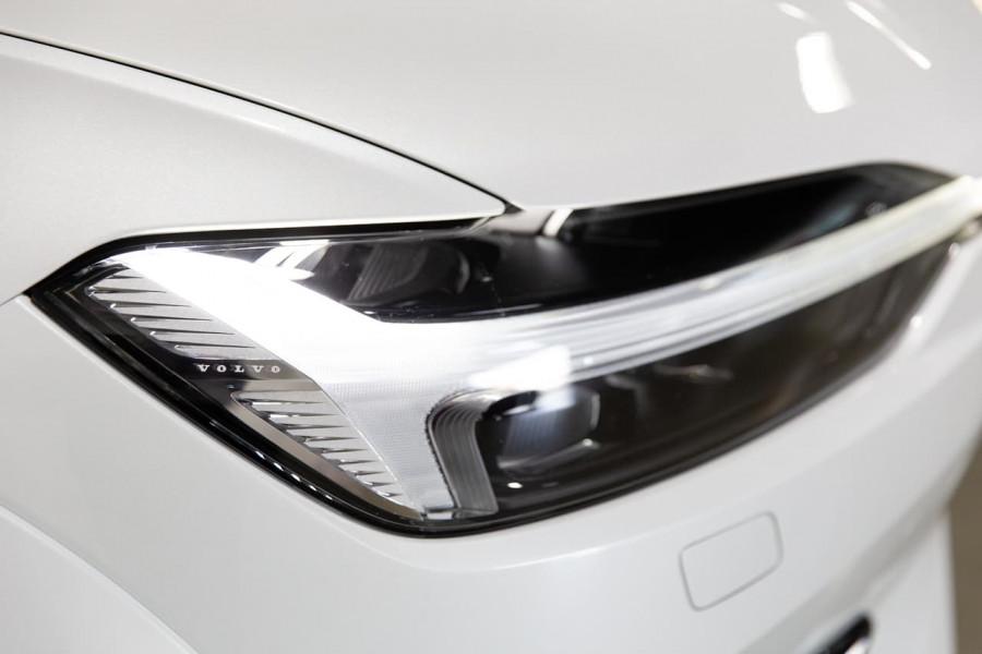 2021 Volvo XC60 UZ Recharge Suv Image 17