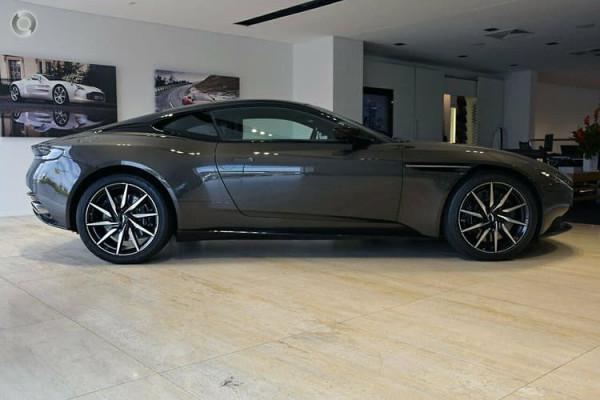 2018 Aston martin Db11 V8 Coupe Image 3