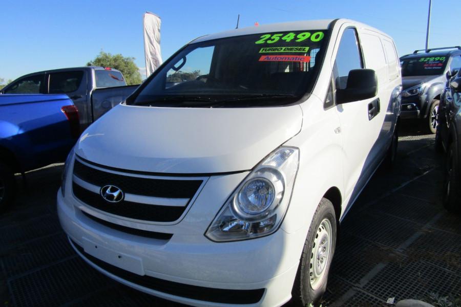 2013 MY14 Hyundai Iload TQ2-V MY14 Van Image 1
