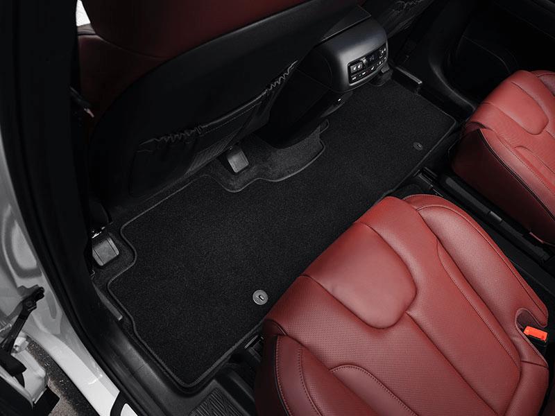 Carpet mats (3 rows) - black 7 seat