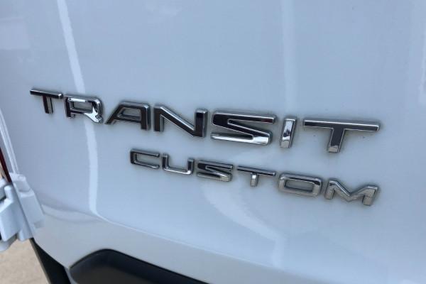 2016 MY17 Ford Transit Custom VN 290S Van Mobile Image 9