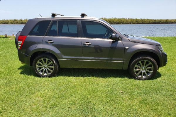 2015 Suzuki Grand Vitara JB Sport Suv Image 2