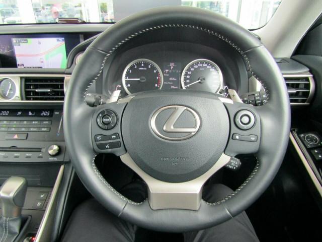 2014 Lexus IS GSE30R IS250 Luxury Sedan Mobile Image 12