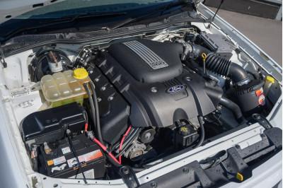 2004 Ford Falcon BA Mk II XR8 Sedan Image 3