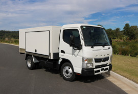 2020 Fuso Canter  Food Truck 515 Food Truck - Free Servicing Catering vehicle