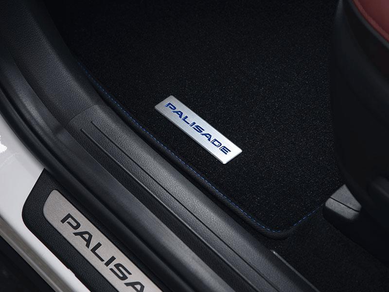 "<img src=""Carpet mats (3 rows) - blue stitch 8 seat"