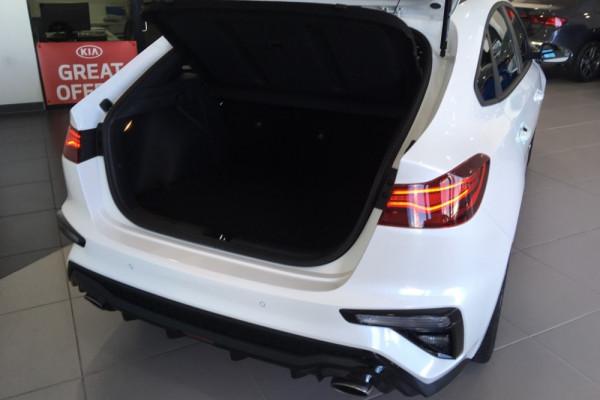 2019 Kia Cerato Hatch BD GT Hatch Image 4