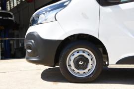 2019 Renault Trafic L1H1 Short Wheelbase Single Turbo Van Image 5