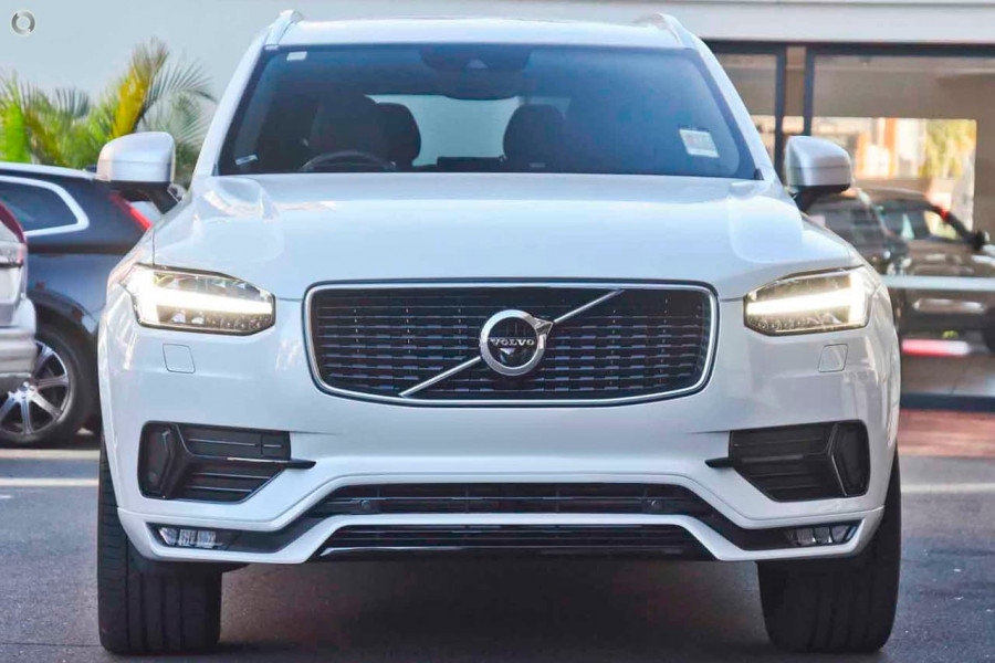 2019 Volvo XC90 L Series D5 R-Design Suv Mobile Image 4