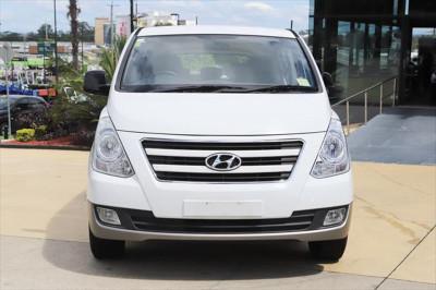 2016 Hyundai Imax TQ3-W Series II MY16 Wagon Image 5
