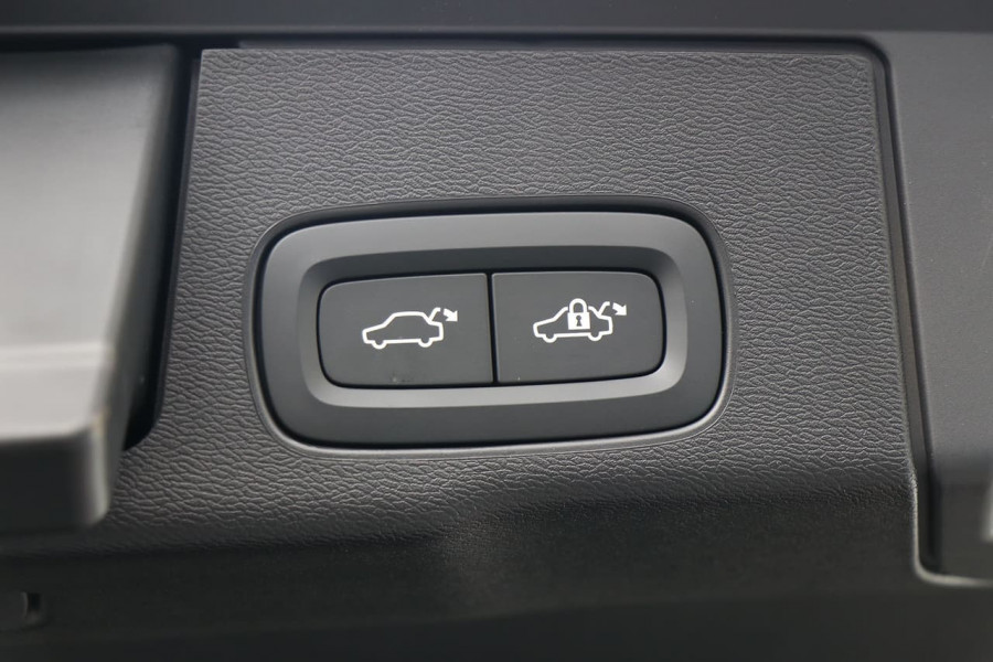 2020 Volvo XC60 UZ T5 Momentum Suv Mobile Image 6