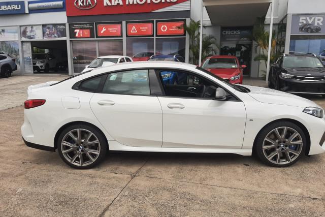 2020 BMW 2 Series Sedan Image 4