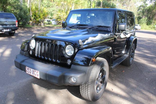2015 Jeep Wrangler JK  Overland Suv Image 4