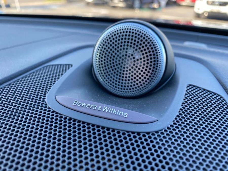 2019 MY20 Volvo XC60 UZ D5 R-Design Suv Image 17