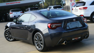 2017 Toyota 86 ZN6 GT Coupe Image 4
