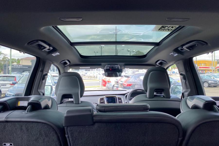 2020 Volvo XC90 L Series T6 R-Design Suv Image 12