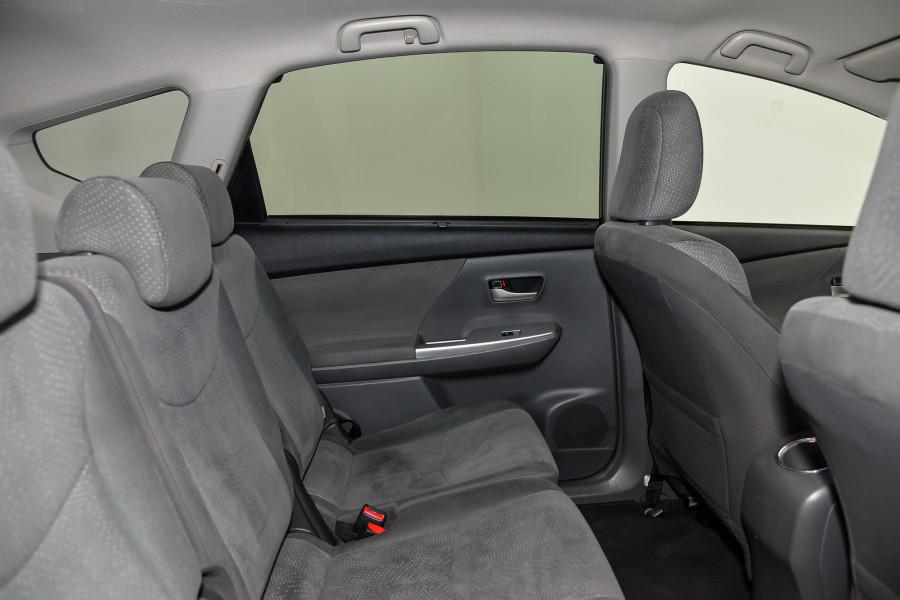 2013 Toyota Prius V V Hybrid