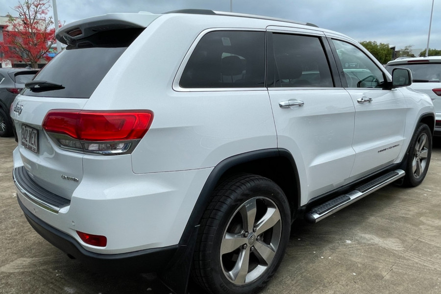 2015 Jeep Grand Cherokee Limited Image 2