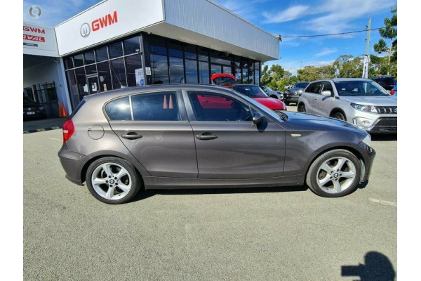 2007 BMW 120i E87 120i Hatchback Image 5