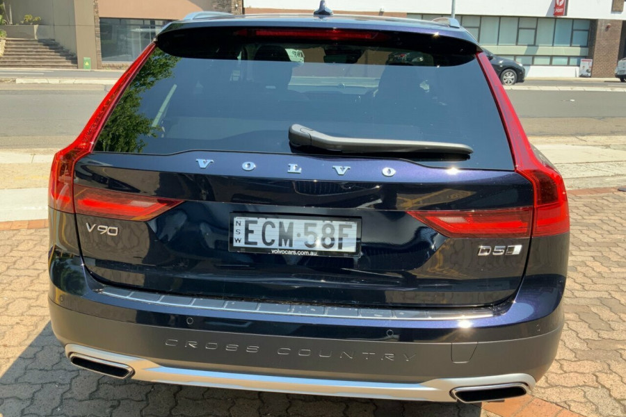 2019 Volvo V90 236 MY19 D5 Cross Country Inscription Wagon Mobile Image 5