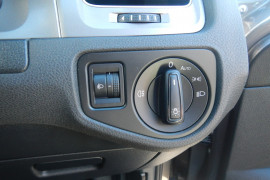 2016 Volkswagen Golf 7 92TSI Wagon Image 5