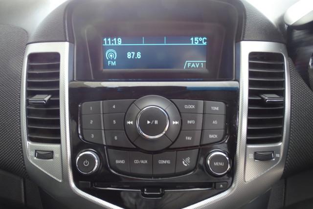 2012 Holden Cruze SRi 14 of 22