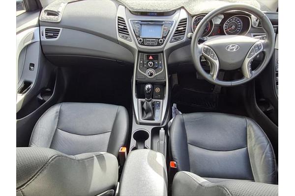 2014 Hyundai Elantra MD3 SE Sedan Image 4