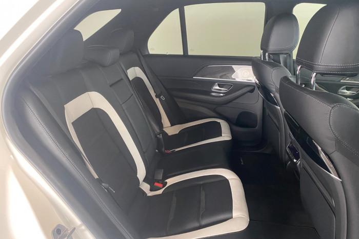 2021 Mercedes-Benz M Class Image 11