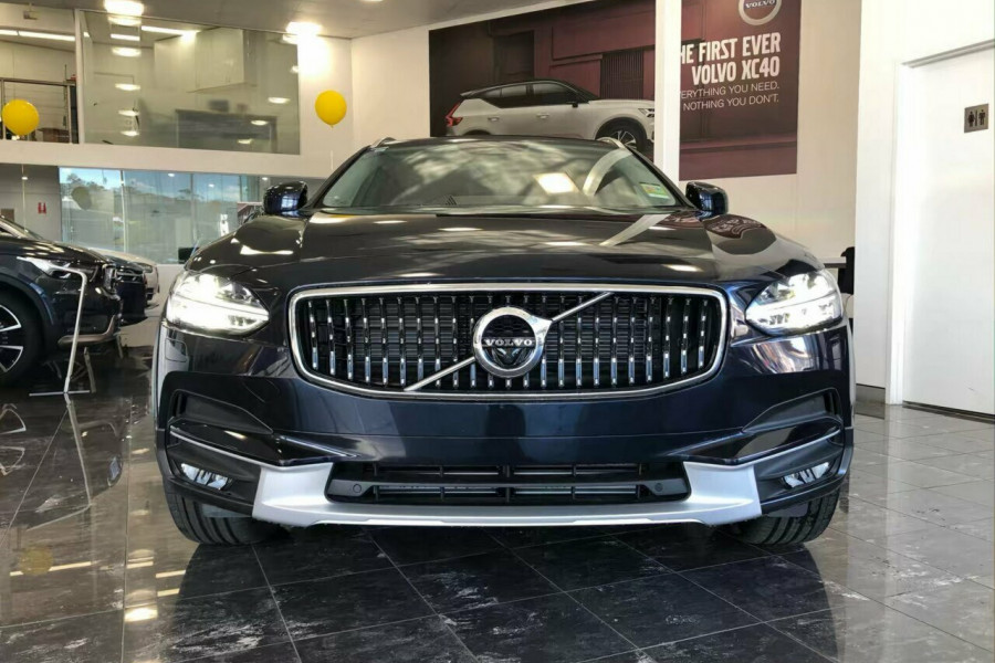2019 Volvo V90 Cross Country D5 Wagon Mobile Image 27