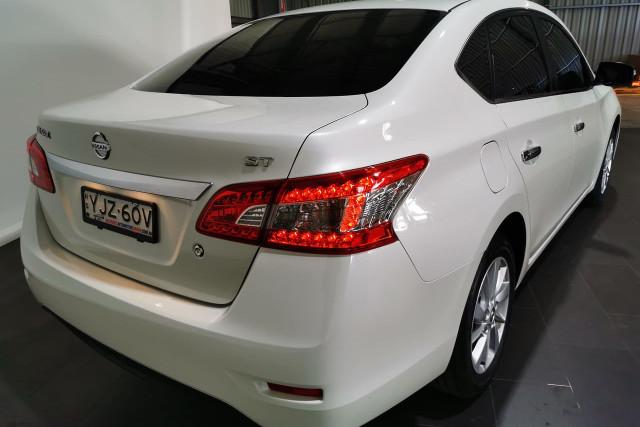 2015 Nissan Pulsar B17 Series 2 ST Sedan Image 4