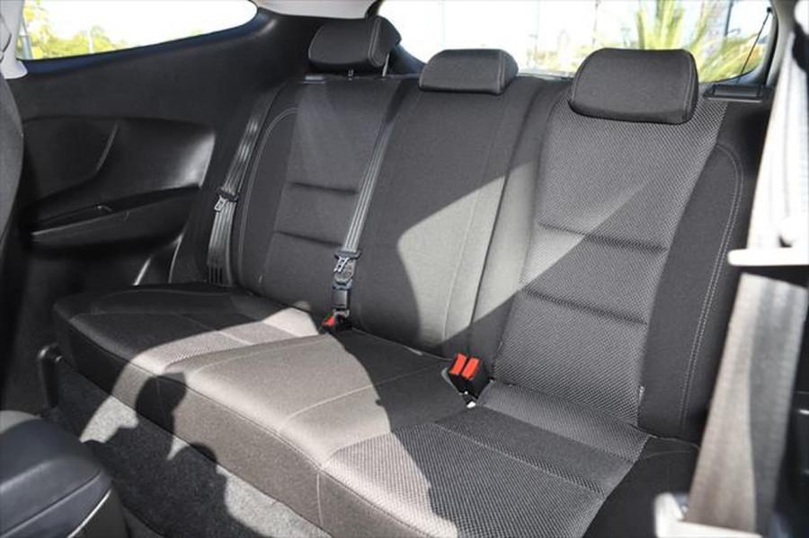 2013 Hyundai I30 GD SE Hatchback Image 10