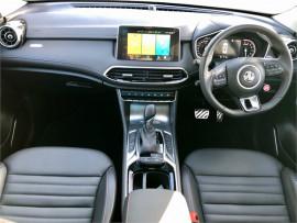 2021 MG HS Essence X AWD Rv/suv image 16