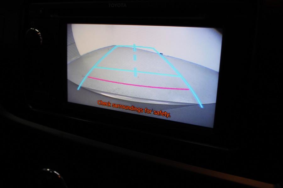 2013 Toyota Corolla ZRE182R Ascent Hatchback Image 17