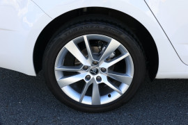 2017 Skoda Octavia NE MY17 Style Sedan Image 5