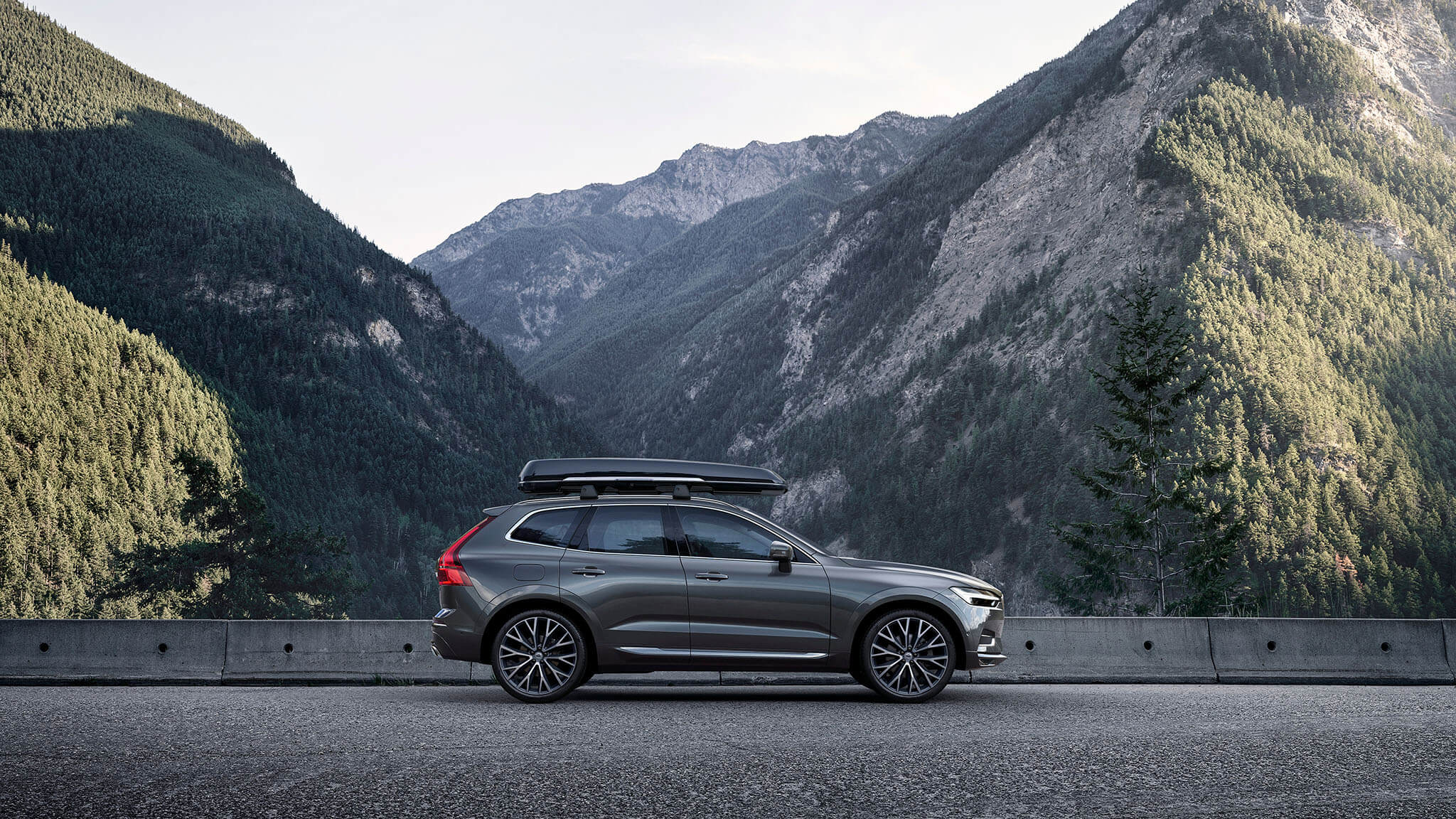 Volvo XC60: Accessories Image