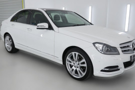 2012 MY13 Mercedes-Benz C250 W204 MY13 C250 BlueEFFICIENCY Sedan Image 3