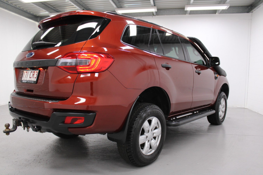 2015 Ford Everest Ambiente Image 2