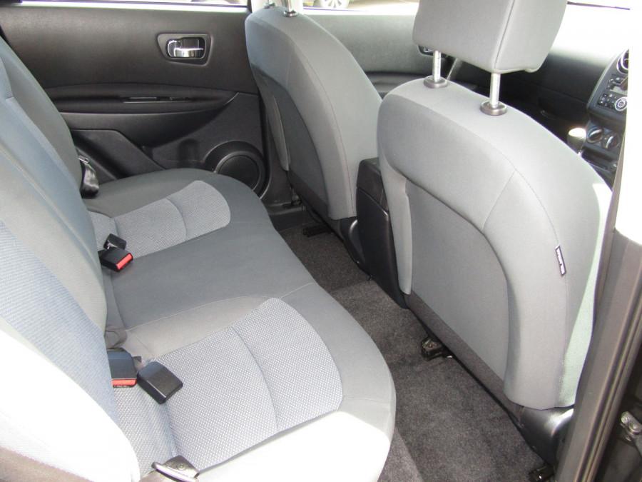 2011 MY10 Nissan DUALIS Hatchback Image 12