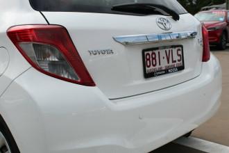 2012 Toyota Yaris NCP130R YR Hatchback Image 4