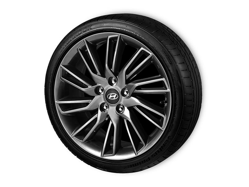 """<img src=""""18"""" alloy wheels"""