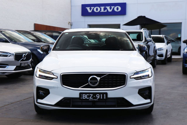 2020 Volvo S60 Z Series T5 R-Design Sedan Image 2