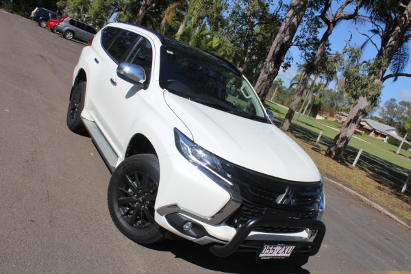 Mitsubishi Pajero Sport Edit QE  Black