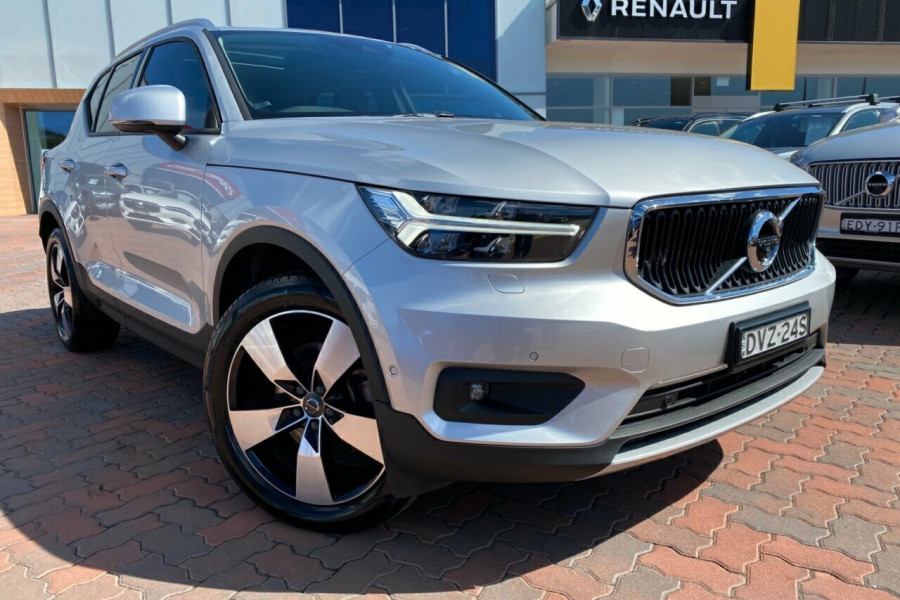 2018 Volvo XC40 XZ MY18 D4 Momentum AWD Launch Edition Suv
