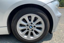 2006 BMW 1 Series E87 118i Hatchback Mobile Image 10