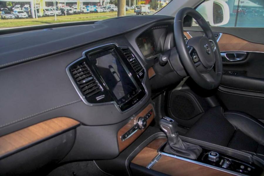 2019 Volvo XC90 L Series D5 Inscription Suv Image 8