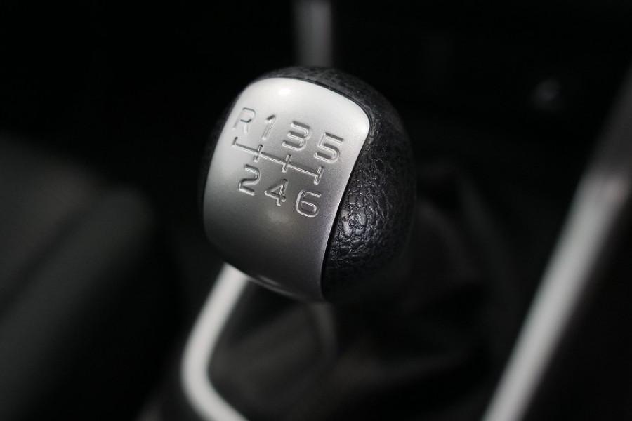 2019 Isuzu UTE D-MAX LS-M Crew Cab Ute 4x4 Utility Image 9