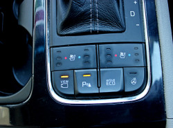 2016 MY17 Kia Carnival YP Platinum Wagon